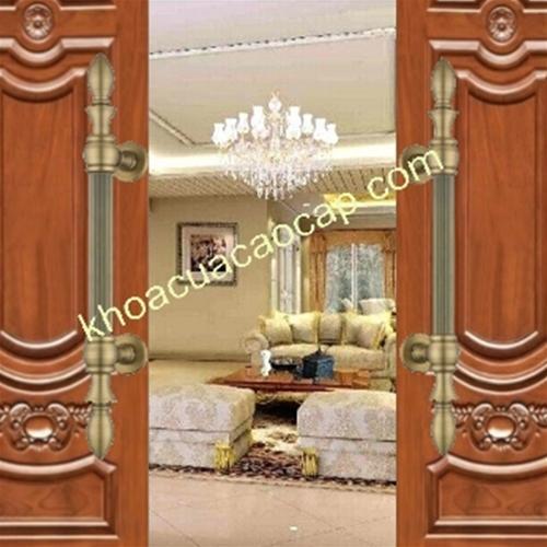 Tay nắm cửa gỗ lắp cho cửa chính